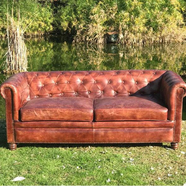 divano chester vintage
