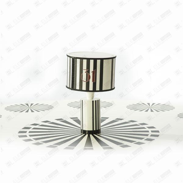 noleggio lampada da tavolo ring