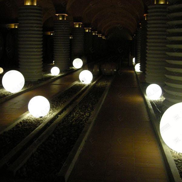 LAMPADA SFERA MISURE 30-50-60-80