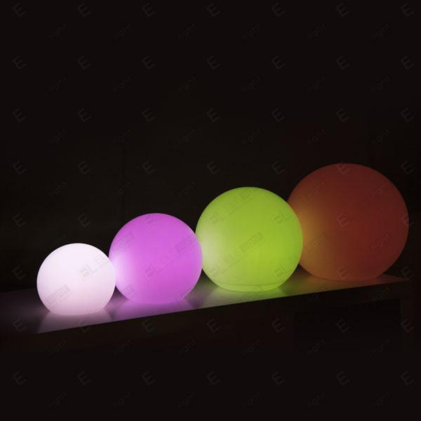 NOLEGGIO LAMPADA A SFERA LUMINOSA CON LED RGB IN POLIETILENE